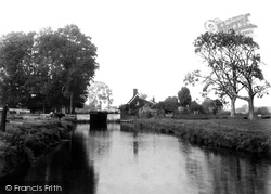 Coltishall, Lock 1902