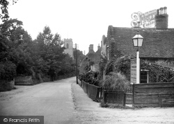 Coltishall, The Church And Street c.1930