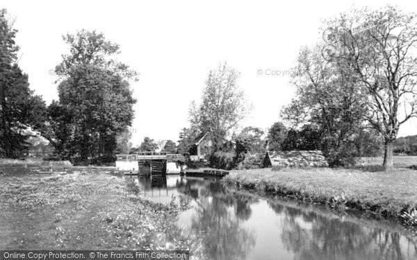 Photo of Coltishall, The Lock 1925