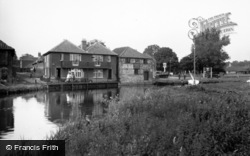 Coltishall, The River c.1930
