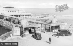 Colwyn Bay, Pier Entrance c.1950