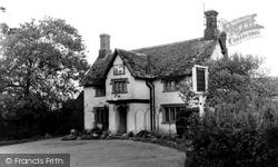 Compton Bassett, The White Horse Inn c.1955