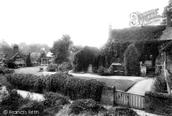 Compton, The Coffee House 1904