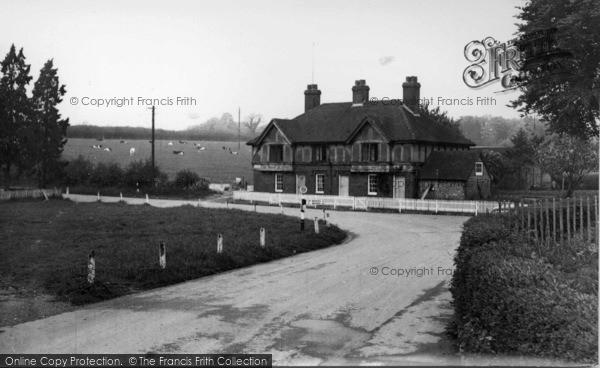 Photo of Compton, The Village c.1955