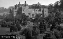 Compton Wynyates, House And Gardens c.1950