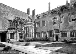 Compton Wynyates, The Courtyard 1922