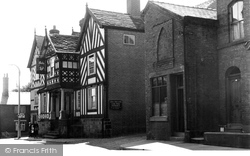 Congleton, The Lion And Swan Hotel c.1955