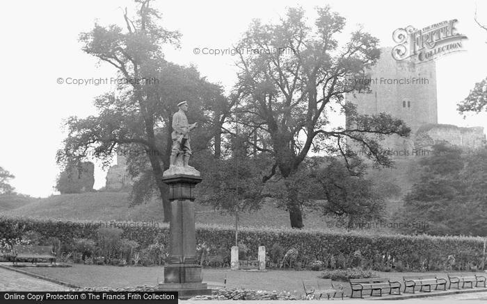 Conisbrough, Castle and War Memorial c1960