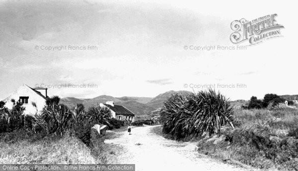 Photo of Connemara, A Boreen Near Dawross c.1955