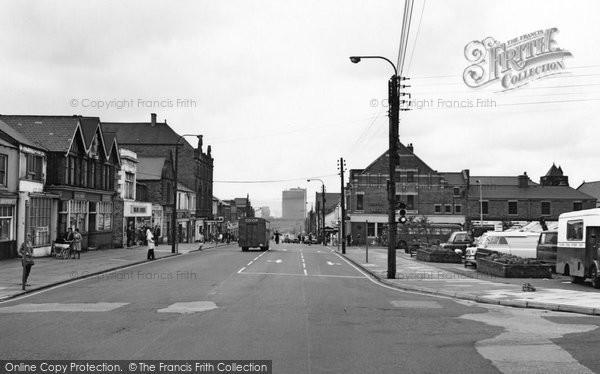 Photo of Consett, Front Street 1967