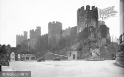 Conwy, Castle And Bridge Entrance c.1926