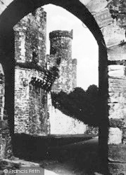 Conwy, Castle, Archway And Courtyard c.1936