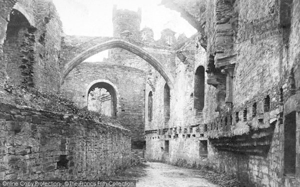 Photo of Conwy, Castle, Banqueting Room 1898