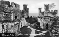 Conwy, Castle, The Courtyard c.1930