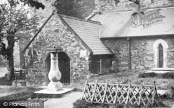 Conwy, Church Yard, 'we Are Seven' c.1930