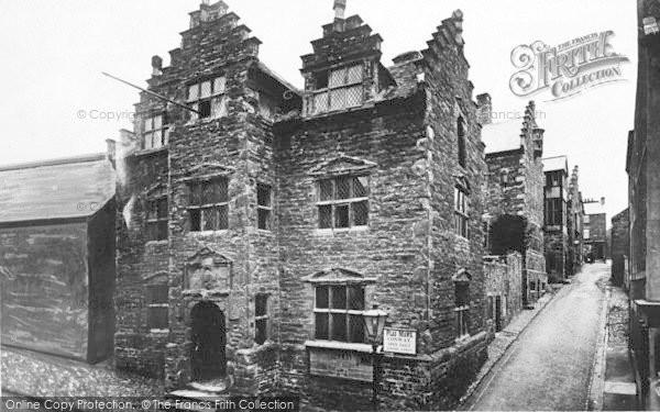 Photo of Conwy, Plas Mawr c.1936