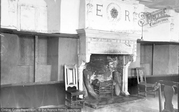 Photo of Conwy, Plas Mawr, Reception Room c.1900