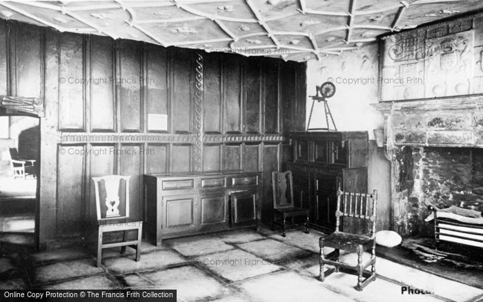Photo of Conwy, Plas Mawr, The Queen's Sitting Room c.1935