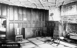 Conwy, Plas Mawr, The Queen's Sitting Room c.1935