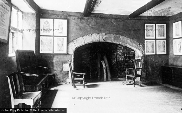 Photo of Conwy, Plas Mawr, The West Kitchen c.1935