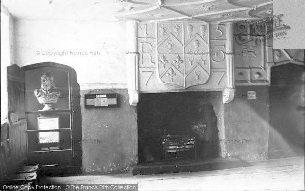 Photo of Conwy, Plas Mawr, Wynne Room c.1900