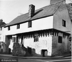 Conwy, The Oldest House, Aberconwy c.1955