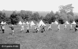 Cookham, Camping On Odney Common 1925