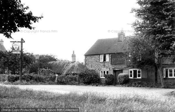 Photo of Cookham Dean, The Jolly Farmer 1950