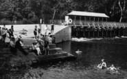 Cookham, Odney Pool, People 1925