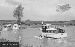 Cookham, River Boats And Swans c.1955