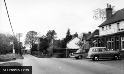 Copthorne, Abergavenny Arms c.1960