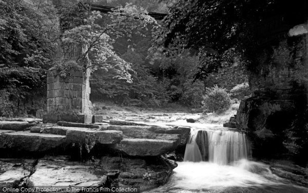 Photo of Corbridge, Devils Water, Dilston Falls c1950, ref. C459008