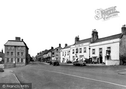 Corbridge, The Angel Inn And Middle Street c.1950