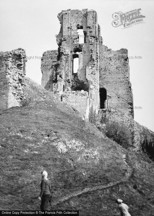 Photo of Corfe Castle, The Castle 1952