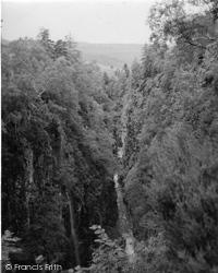 Corrieshalloch Gorge, 1952