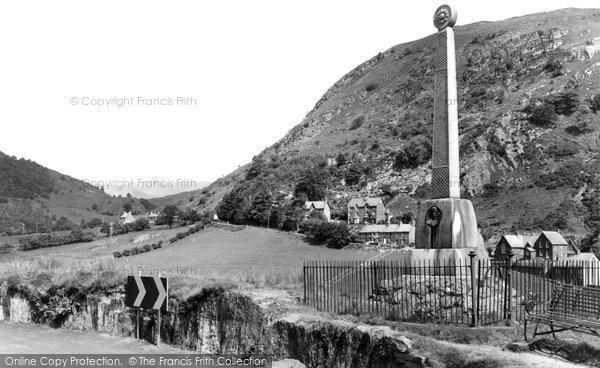 Photo of Corris, The Monument c.1960
