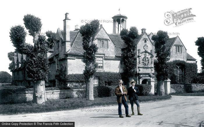 Corsham, Almshouses 1906
