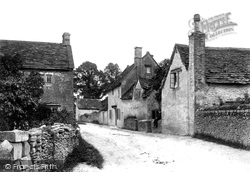 Corsham, Linleys 1907