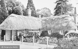 Cosgrove, Thatched Cottage c.1930