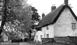 Cottesmore, The Sun Inn c.1955