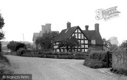 The Village 1936, Cound