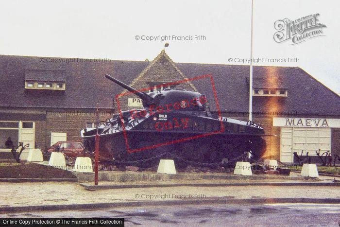 Photo of Courseulles Sur Mer, 1984