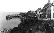 Coverack, Harbour 1938