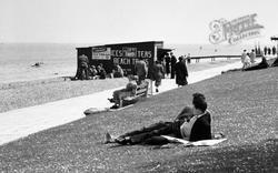 Cowes, A Beach Kiosk c.1955