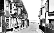 Cowes, Old Houses 1927