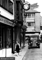 Cowes, Shopping On The High Street c.1955