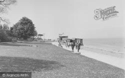 Cowes, The Beach c.1955