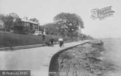 Cowes, The Green 1897