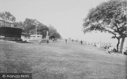 Cowes, The Green 1913