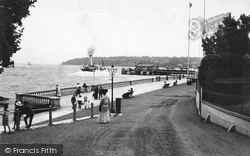 Cowes, The Pier 1908